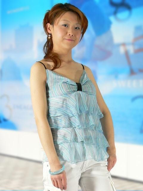 フラメンコ衣装・フラダンス衣装emika
